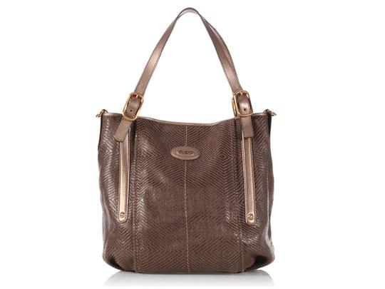 Preload https://item2.tradesy.com/images/tod-s-g-line-sacca-brown-leather-tote-22000471-0-0.jpg?width=440&height=440