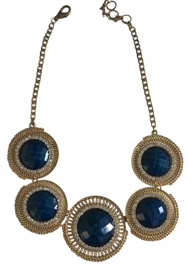 Preload https://item2.tradesy.com/images/blue-necklace-22000616-0-1.jpg?width=440&height=440