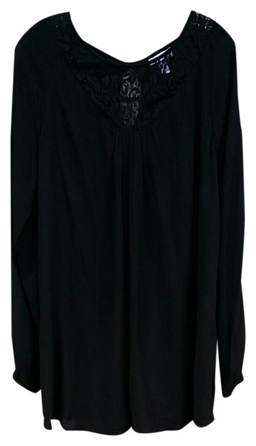 Preload https://img-static.tradesy.com/item/22000721/liz-lange-maternity-for-target-black-tunic-size-12-l-0-1-650-650.jpg