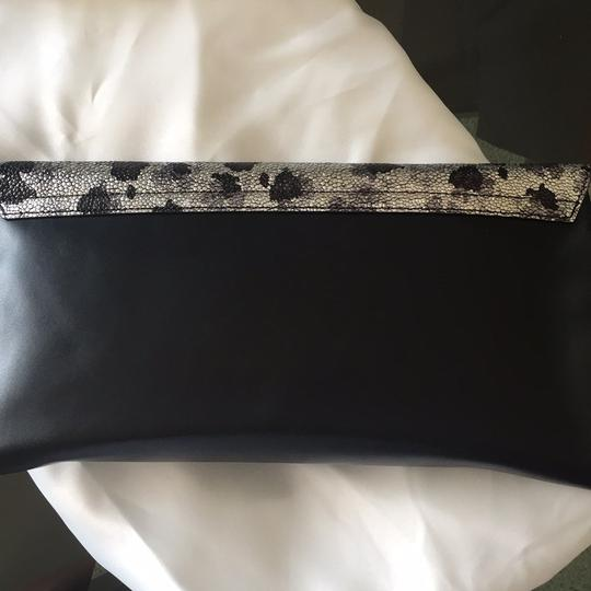Jinammi black/silver/gray Clutch