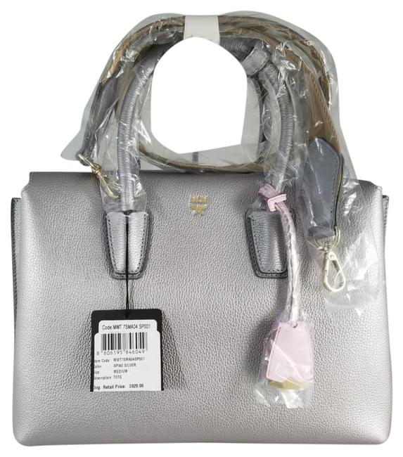 Item - Tote W Milla Nwts Med Spike Tote W/Detachable Strap Silver Leather Satchel