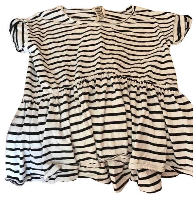 Preload https://item1.tradesy.com/images/free-people-black-and-white-tee-shirt-size-6-s-22001485-0-1.jpg?width=400&height=650