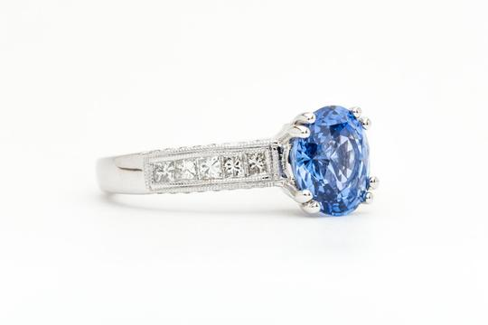 Vintage Sparkling 2.81ct Ceylon Sapphire & Diamond Ring in 18k White Gold