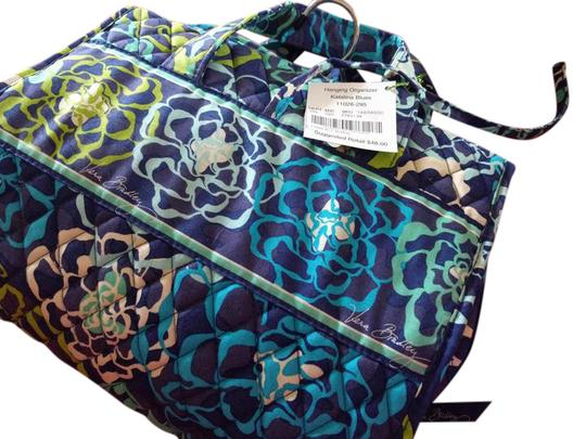 Preload https://img-static.tradesy.com/item/22001676/vera-bradley-new-hanging-organizer-katalina-blue-cotton-weekendtravel-bag-0-1-540-540.jpg