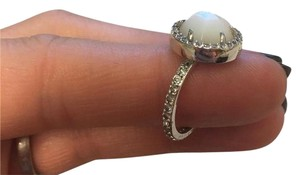 Henri Bendel Henri Bendel Luxe Mother of Pearl Halo Ring Size 7
