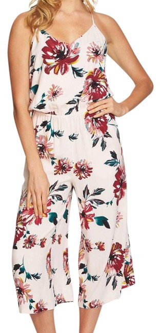 Preload https://img-static.tradesy.com/item/22002312/1state-floral-print-mid-length-romperjumpsuit-size-2-xs-0-1-650-650.jpg