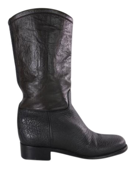 Preload https://img-static.tradesy.com/item/22002985/chanel-blackbrown-colorblock-leather-mid-calf-round-toe-pull-on-bootsbooties-size-eu-39-approx-us-9-0-1-540-540.jpg