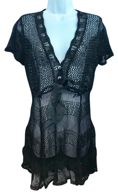Preload https://img-static.tradesy.com/item/22003065/black-crochet-ml-short-casual-dress-size-8-m-0-1-650-650.jpg