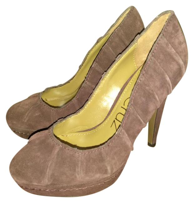 Item - Maroon New Made In Spain Suede Pumps Size EU 35 (Approx. US 5) Regular (M, B)