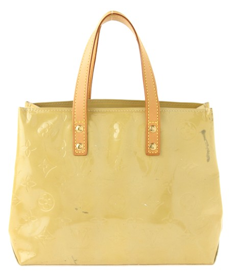 Preload https://img-static.tradesy.com/item/22003086/louis-vuitton-reade-pm-mango-yellow-patent-leather-satchel-0-1-540-540.jpg