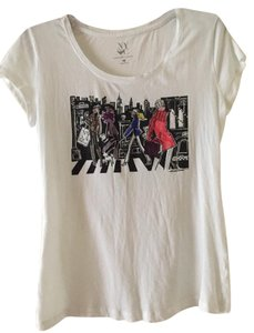 New York & Company Winter Boot T-shirt Casual T Shirt White