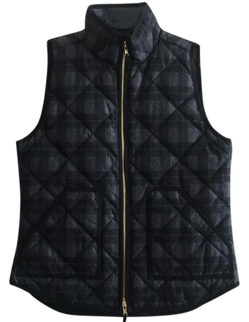 Preload https://item5.tradesy.com/images/jcrew-plaid-quilted-puffer-vest-size-4-s-22003164-0-1.jpg?width=400&height=650