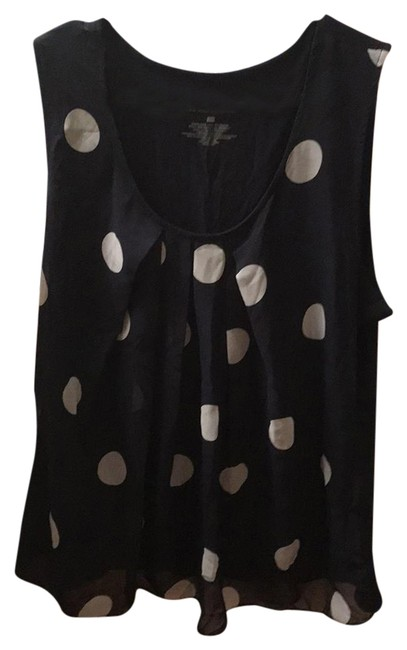 Preload https://img-static.tradesy.com/item/22003245/new-york-and-company-navy-blue-with-light-blue-dots-blouse-size-14-l-0-1-650-650.jpg