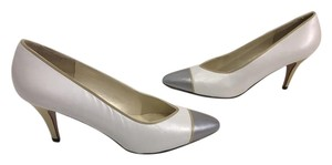 Evan Picone Classic NEW White all leather silver leather cap toe gold leather heels Pumps