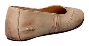 Bed|Stü Wing-tip Design Leather Runs Large Sand Rustic Flats