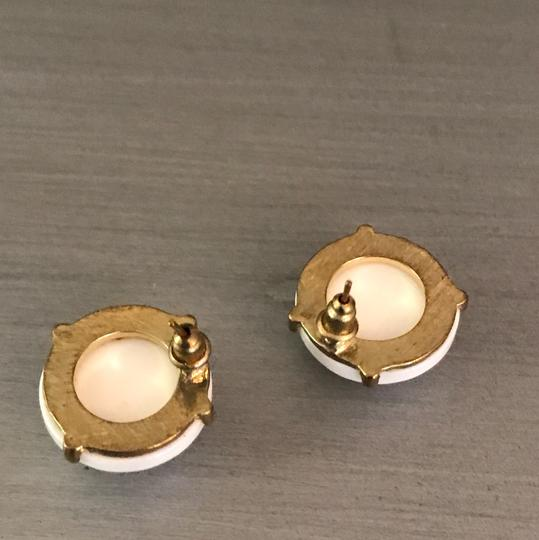 Boutique White Gold Circle Stud Earrings