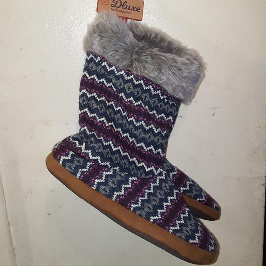 Dluxe by Dearfoams Comfy Soft purple\ grey multicolor Boots Image 1