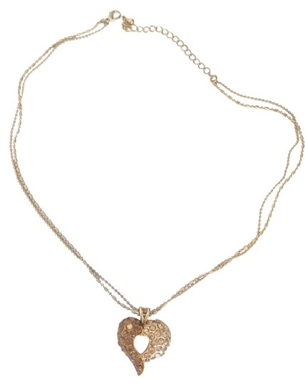 Preload https://item2.tradesy.com/images/emerald-bridal-gold-style-deep-heart-necklace-2200421-0-0.jpg?width=440&height=440