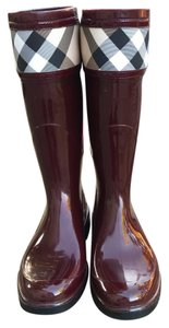 Burberry burgundy Boots