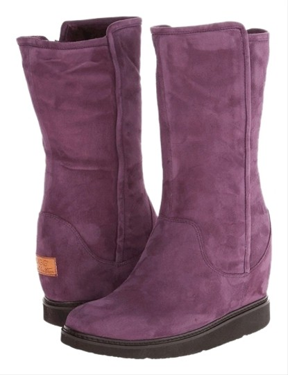 Preload https://item2.tradesy.com/images/ugg-boots-collection-australia-purple-aubergine-boots-2200661-0-0.jpg?width=440&height=440