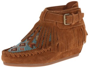 Ash Beaded Fringe Brown Boots