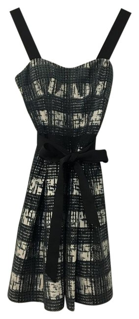 Preload https://img-static.tradesy.com/item/22009033/guess-by-marciano-navy-print-fit-and-flare-mid-length-cocktail-dress-size-2-xs-0-1-650-650.jpg