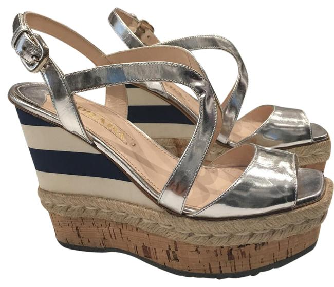 Item - Silver Navy and White Striped Resort Wedges Size EU 38.5 (Approx. US 8.5) Regular (M, B)