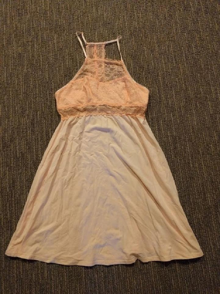 Floreat Coral Anthropologie Viola Racerback Chemise Extra Small ...