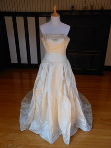 Anne Barge Pearl/Silver Silk Sample Destination Wedding Dress Size 2 (XS)