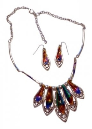 Preload https://item4.tradesy.com/images/silver-tone-and-multi-colorful-faux-opal-tear-drops-necklace-22013-0-0.jpg?width=440&height=440