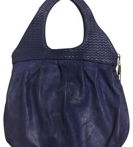 c497bd80d231 Alexander McQueen Hobo Bags - Up to 90% off at Tradesy