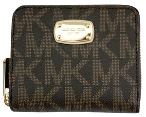 Michael Kors Jet Set Item Zip Around Bifold