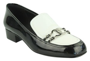 23347d609f2 Chanel Shoes - Up to 90% off at Tradesy