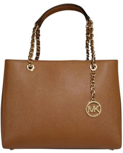 Michael Kors Susannah Shoulder Saffiano Leather Tote in luggage