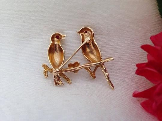 Vintage 14k Gold Lovebirds Pin / Brooch. Vintage 14k Love Birds Heart Brooch With Ruby Eyes.