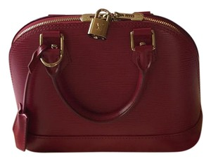 541d8707aa7b Louis Vuitton Epi Alma Bags - Up to 70% off at Tradesy