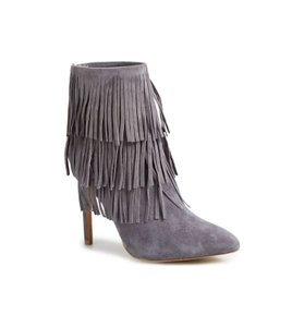 1c168925bc8 Steve Madden Boots   Booties - Up to 90% off at Tradesy