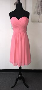 Bill Levkoff Coral Chiffon 323 / Destination Bridesmaid/Mob Dress Size 10 (M)
