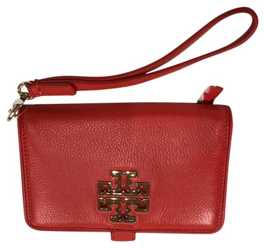 Preload https://img-static.tradesy.com/item/22017763/tory-burch-britten-poppy-red-leather-wristlet-0-1-540-540.jpg