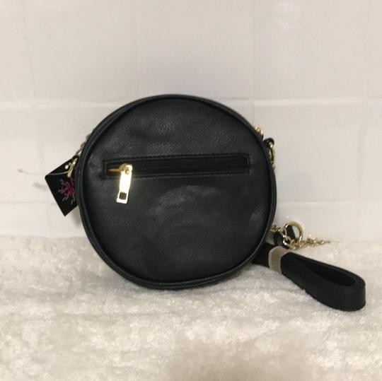 Olivia M Cross Body Bag