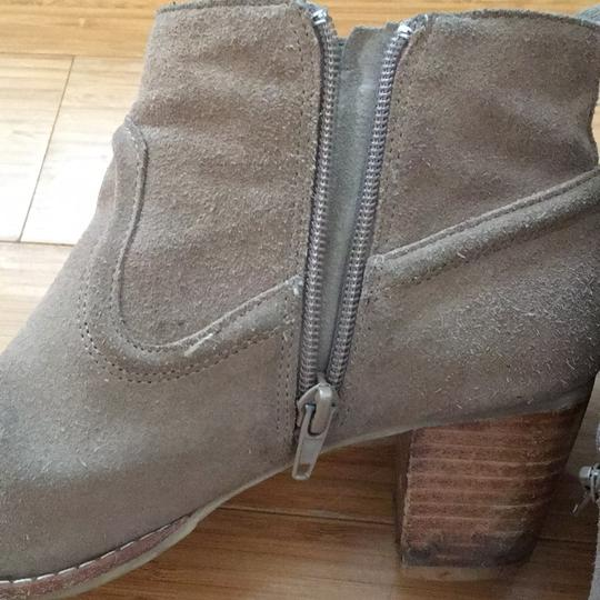 Dolce Vita tan suede Boots