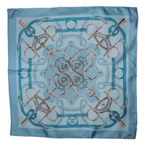 Herms Light Blue/Yellow L'Eperon D'or 45cm Silk Gavroche Pochette Scarf