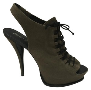 Elizabeth and James Army Green Pumps