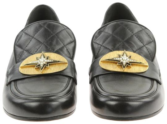 Preload https://img-static.tradesy.com/item/22019397/chanel-black-leather-pearl-star-gold-plate-quilted-cc-logo-loafers-flats-size-eu-37-approx-us-7-regu-0-6-540-540.jpg