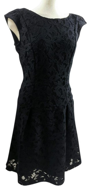 Preload https://img-static.tradesy.com/item/22020021/zara-black-basic-classic-floral-lace-overlay-evening-mid-length-cocktail-dress-size-2-xs-0-1-650-650.jpg