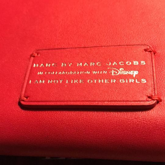 Marc by Marc Jacobs I am not like other girls