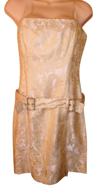 Preload https://item4.tradesy.com/images/laundry-by-shelli-segal-gold-2-above-knee-formal-dress-size-2-xs-2202018-0-0.jpg?width=400&height=650