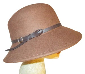 Nine West Hats - Up to 70% off at Tradesy 1082745e9394