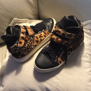 Maje Black and leopard print Athletic