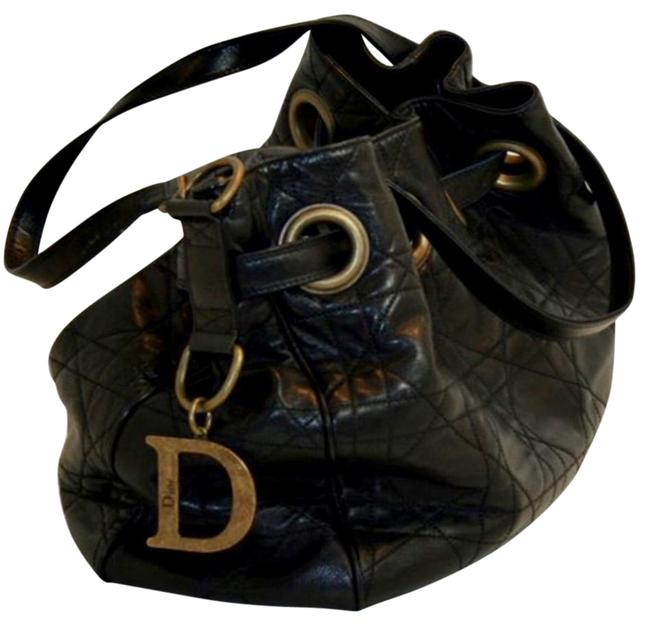Item - Drawstring Bag Quilted Cannage Medium Black Lambskin Leather Tote